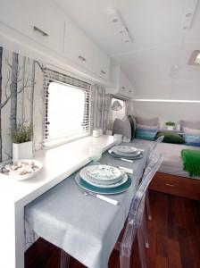Rieles decoración caravana