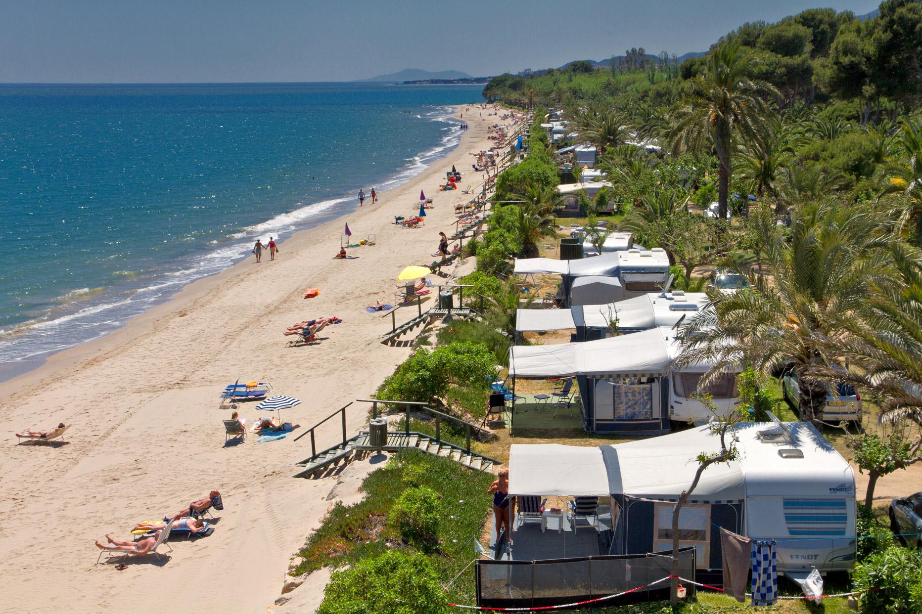 Los campings espa oles premiados por su calidad todo for Camping jardin de las dunas tarifa